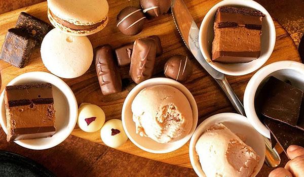 Chocolates and desserts by Red Cacao