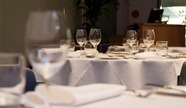 graduates-restaurant